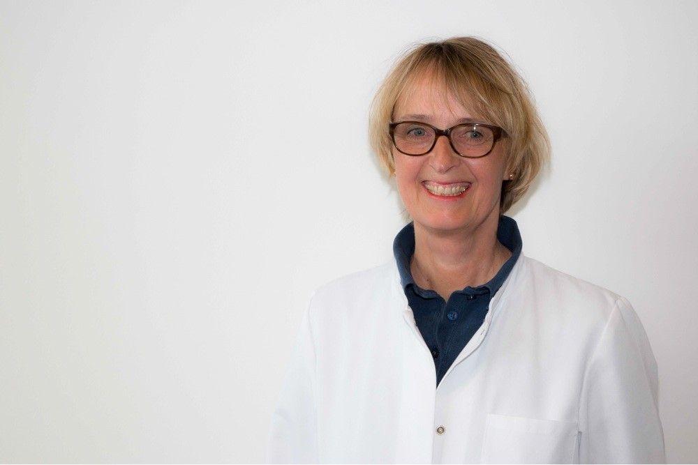 Dr. med.<br /> Nanita König